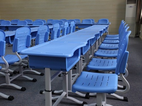 学生课桌椅设计时需要考虑哪些问题?