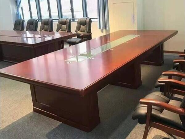 某公司办公家具的采购案例