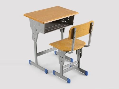 """世纪联合""""简析""""高品质学生课桌椅是怎样的呢?"""