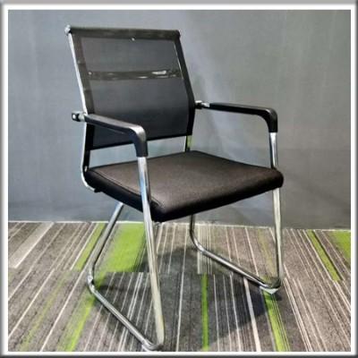 弓形椅241