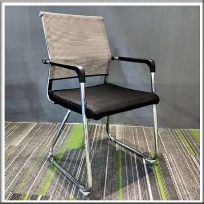 弓形椅245
