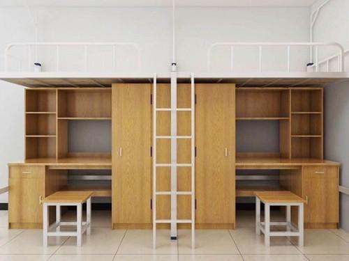为什么学校会选择学生上下铁架床呢?