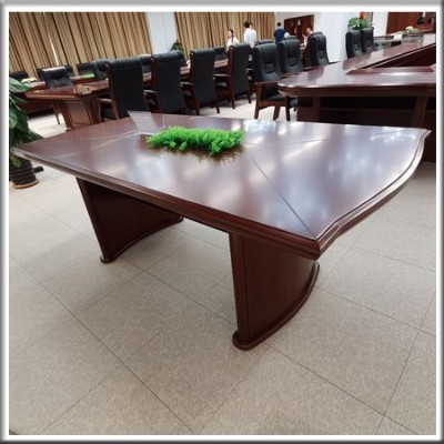 会议桌实物图01