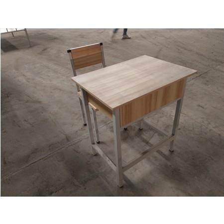 课桌椅012
