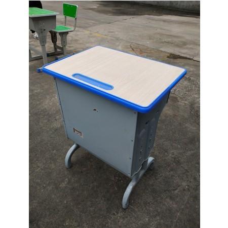 课桌椅026
