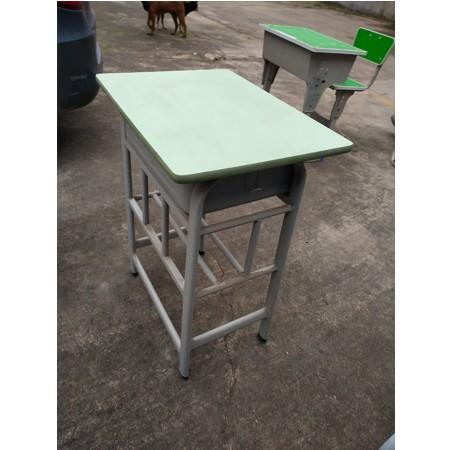 课桌椅641