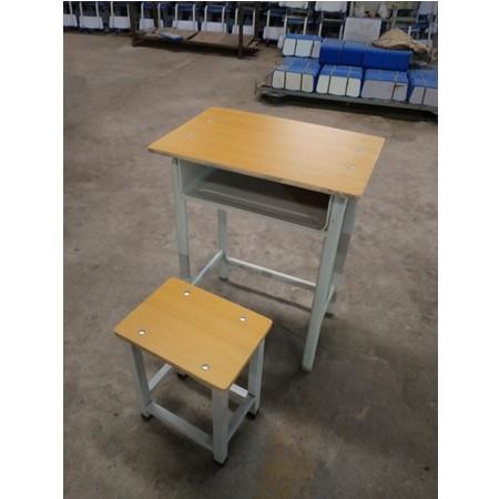 课桌椅016