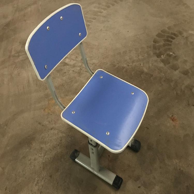 实物图课椅2