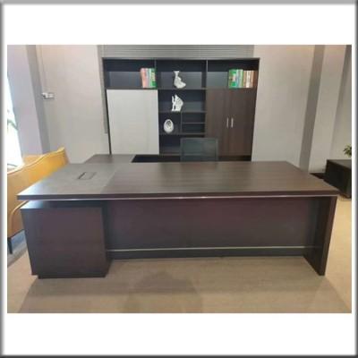 主管桌0610