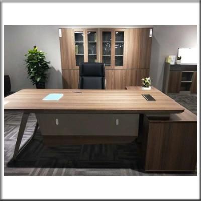 主管桌0612