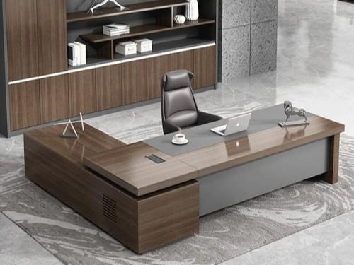 南宁办公桌那个品牌好,办公桌品牌十大排名如何去除异味