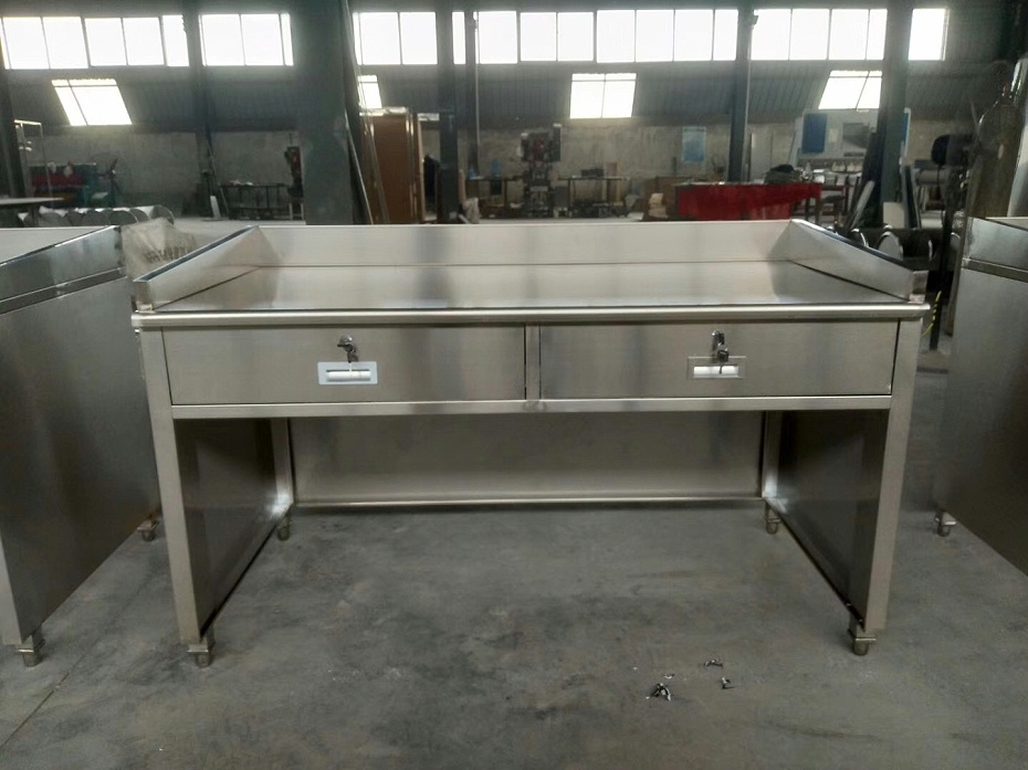 不锈钢桌2